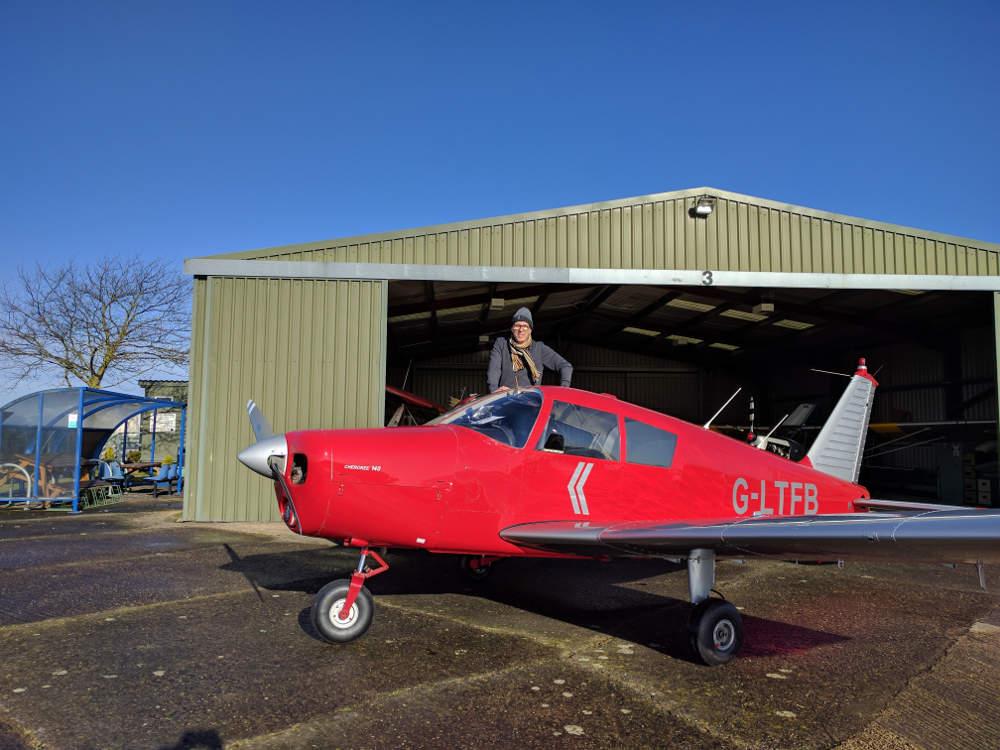 Ian readies G-LTFB at Strubby Airfield