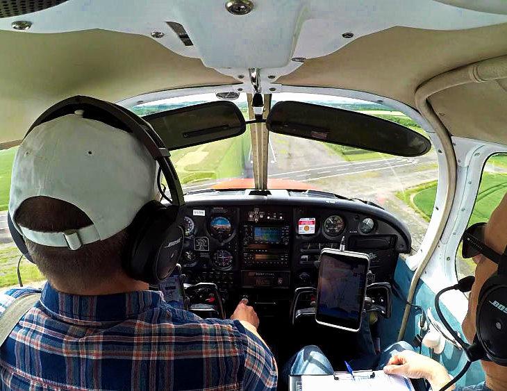 Kev landing Eshott